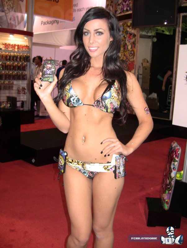 CES-Booth-Babe-7.jpg